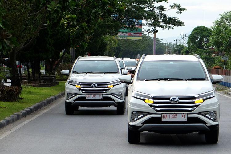 Test Drive <a href='http://bangka.tribunnews.com/tag/daihatsu' title='Daihatsu'>Daihatsu</a> Terios di Padang.