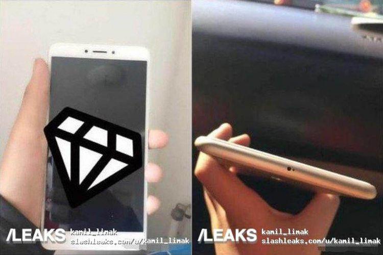 Bocoran foto Xiaomi Mi Max 3 dari sisi depan (foto) kiri dan atas. Terlihat bagian atas tak memuat konektor jack audio 3,5mm seperti MI Max 2 sebelumnya.