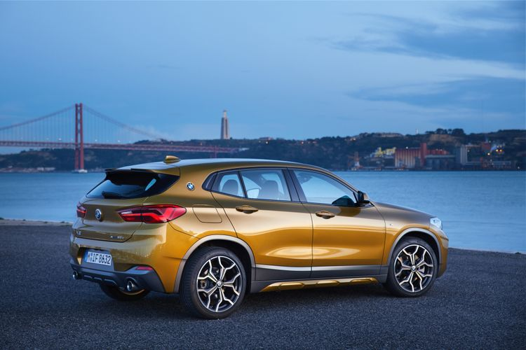 BMW X2 mengadopsi DNA model coupe