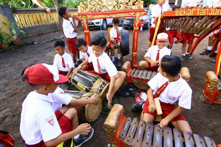 Belajar Bahasa dan Musik Bikin Otak Lebih Sehat, Ini Alasannya