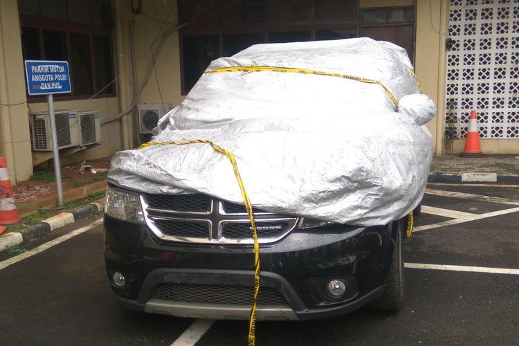 Dodge Journey yang dikendarai MJ menabrak Produser RTV di Gatot Subroto, Minggu (11/2/2018)