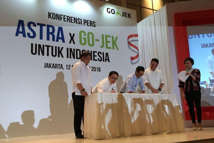 Astra International menggelontorkan dana 150 juta dollar AS (Rp 2 T) untuk Go-Jek.