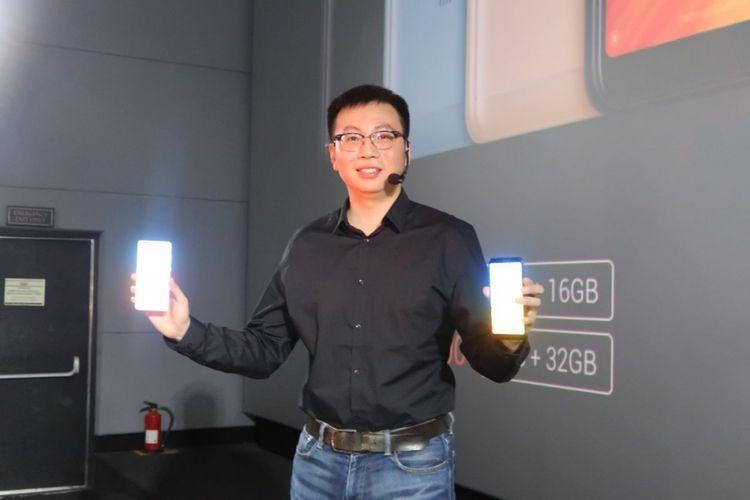 Country Manager Xiaomi Indonesia, Steven Shi di peluncuran Xiaomi Redmi 5 di Jakarta, Rabu (14/2/2018).