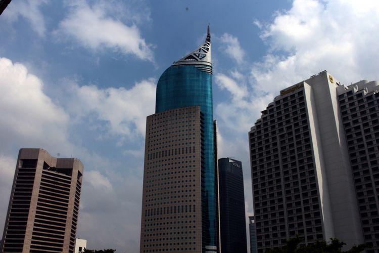 Tampak Wisma 46 di Jalan Sudirman, Jakarta, Senin (12/02/2018).