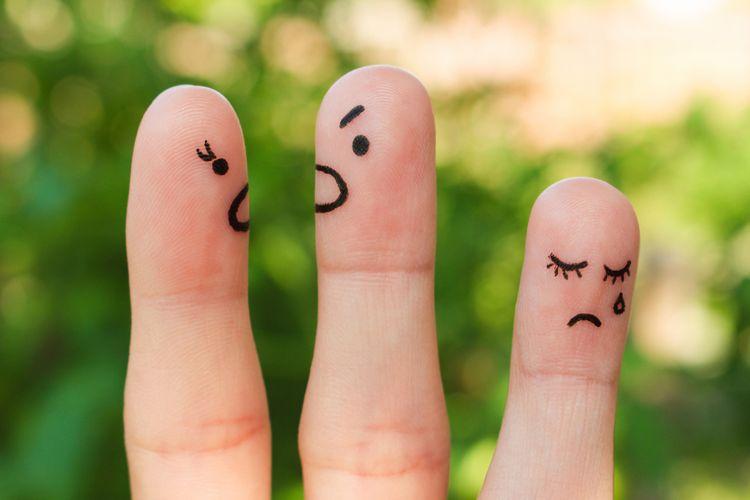 Ilustrasi anak sedih karena orangtua bertengkar