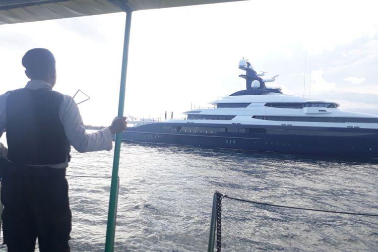 Mabes Polri menyita sebuah kapal pesiar bernilai Rp 3,5 triliun di Pelabuhan Benoa, Bali, Rabu (28/2/2018). Tindakan ini dilakukan atas permintaan pemerintah Amerika Serikat.