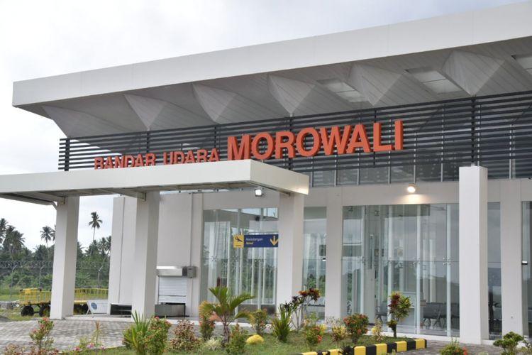 Lokasi terminal penumpang bandara Maleo berada di Desa Umbele, Kecamatan Bumiraya, Kabupaten Morowali, Sulawesi Tengah.