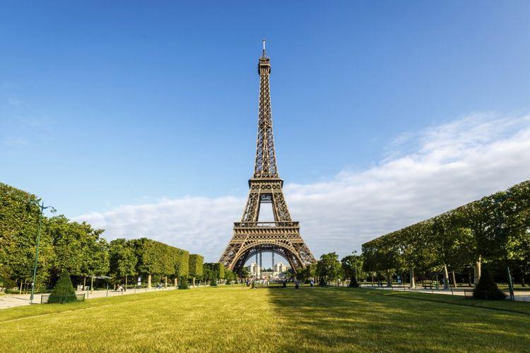 Menara Eiffel, Paris, Perancis.