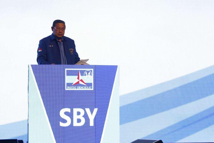 Ketua umum parta Demokrat Susilo Bambang Yudhoyono menyampaikan sambutan dalam pembukaan Rapat Pimpinan Nasional (Rapimnas) Partai Demokrat tahun 2018 di Sentul International Convention Center, Bogor, Jawa Barat, Sabtu (10/03/2018) .Partai Demokrat menggelar Rapimnas selama dua hari 10-11 Maret 2018 untuk membahas strategi Pemilu 2018 serta Pemilu Legislatif dan Pilpres 2019.