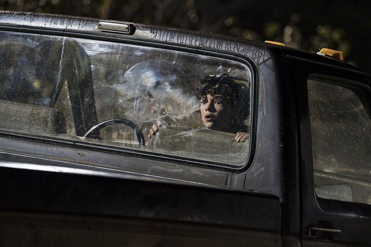 Noah Jupe dalam A Quiet Place (2018).
