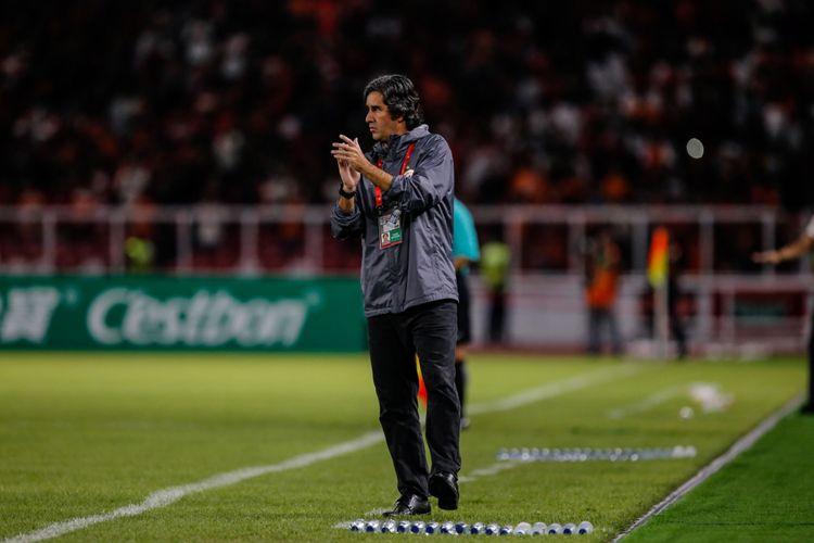 Pelatih Persija Jakarta Stefano Cugurra pada laga kedua Grup H Piala AFC di Stadion Utama Gelora Bung Karno, Jakarta, Rabu (14/3/2018). Persija menang dengan skor 1-0.