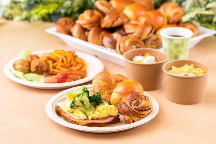 Makan pagi yang disuguhkan secara prasmanan