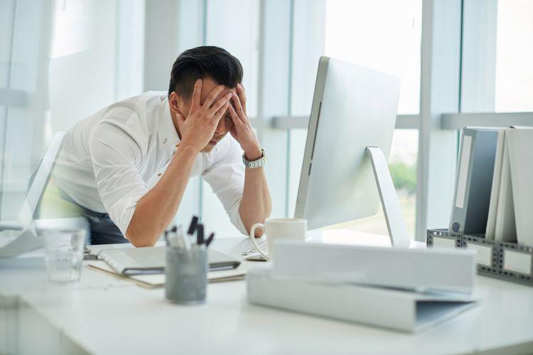 ilustrasi stres di kantor