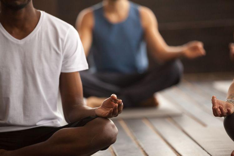 Ilustrasi yoga Sukhasana