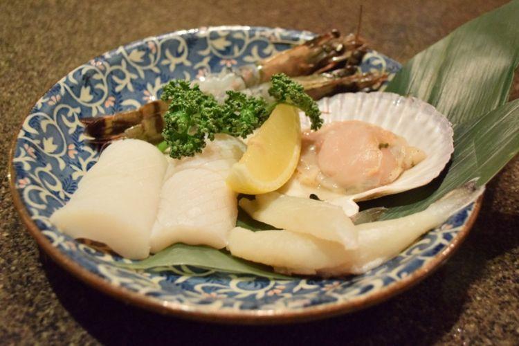 Seafood set (1.650 yen)  yang populer di antara wisatawan asing