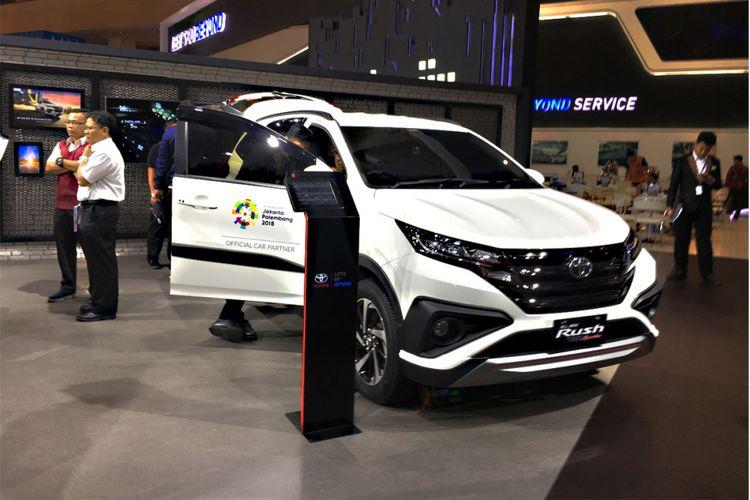Toyota Rush di IIMS 2018.
