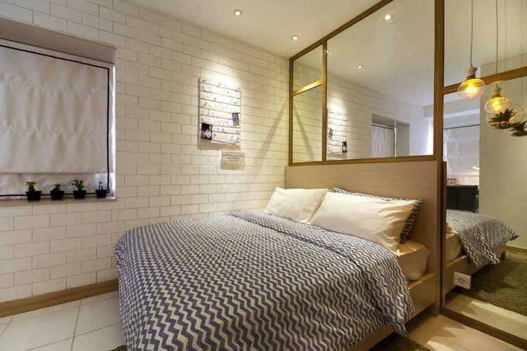 Desain interior kamar tidur Kota Ayodhya di Tangerang karya Teddykoo.