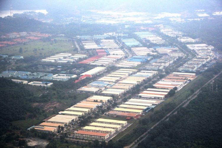 Salah satu kawasan Industri yang ada di Kota Batam yang diambil momentnya saat berada diatas udara.