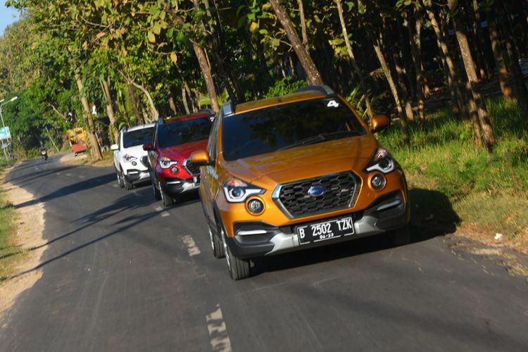 Datsun Cross saat menjelajah jalanan Yogyakarta.