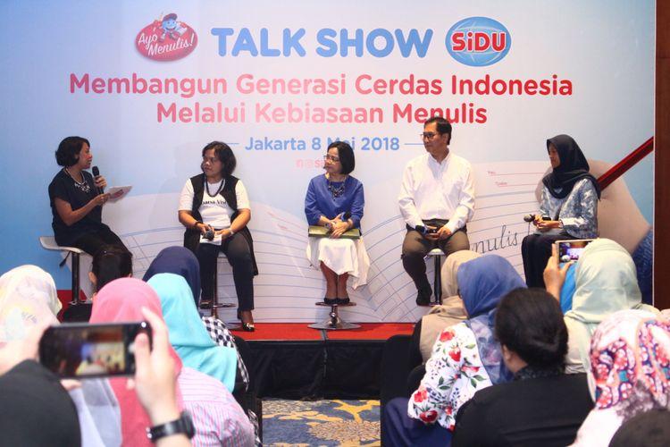 Gelar wicara bertajuk Membangun Generasi Cerdas Indonesia Melalui Kebiasaan Menulis mengupas manfaat menulis tangan dan kaitannya dengan upaya meningkatkan kompetensi anak.