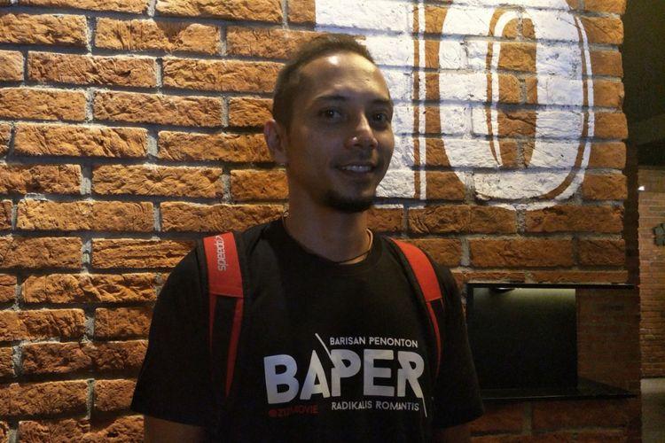 Fauzi Baadilla diabadikan setelah nonton bareng film 212 The Power of Love di CGV Cinemas Grand Indonesia, Jakarta Pusat, Selasa (15/5/2018) malam.