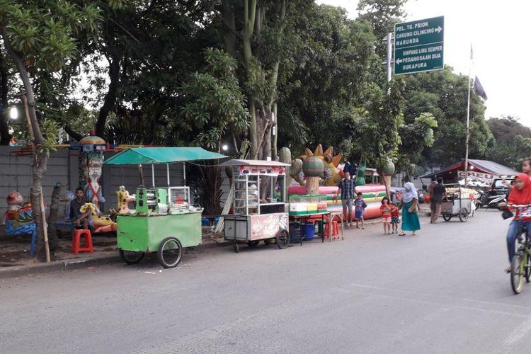 Kawasan Jakarta Islamic Center di Koja, Jakarta Utara, menjadi alternatif warga untuk berburu takjil selama Bulan Ramadhab