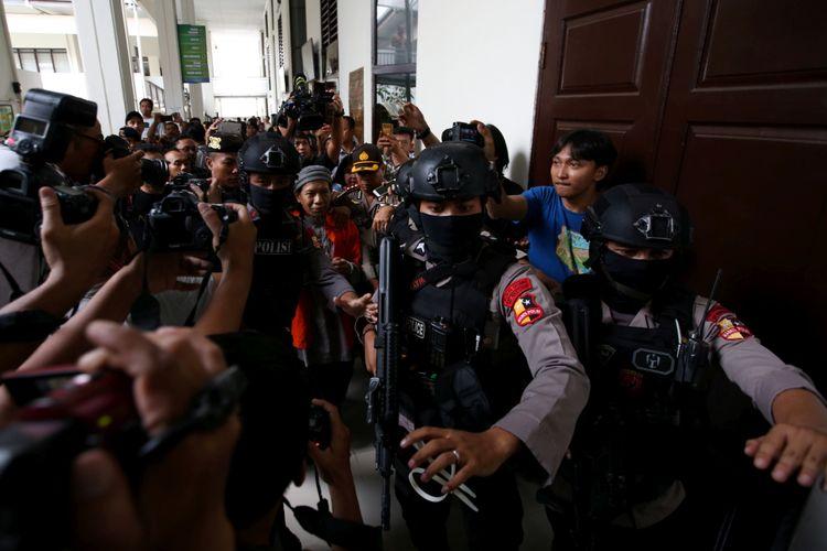 Pengamanan terdakwa kasus bom Thamrin