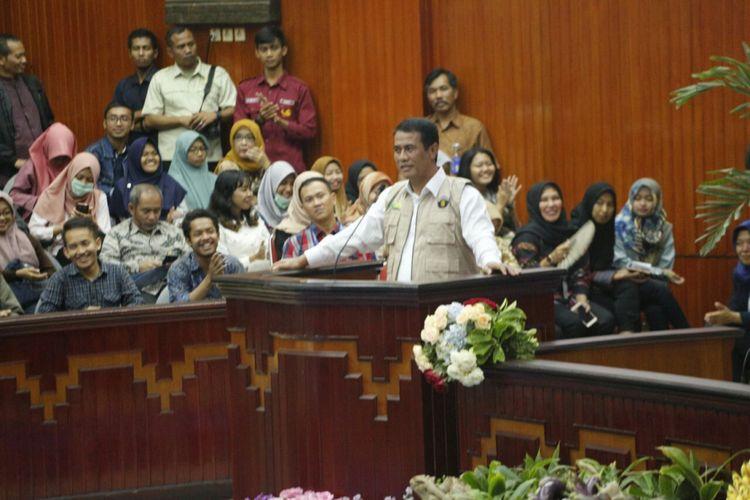 Menteri Pertanian, Andi Amran Sulaiman, menyampaikan kuliah umum di Universitas Brawijaya, Malang, Jawa Timur, Jumat (25/5/2018)