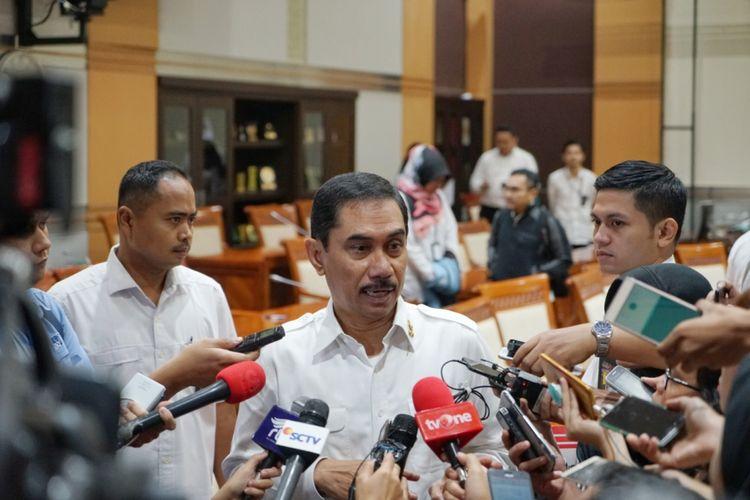 Kepala Badan Nasional Penanggulangan Terorisme (BNPT) Komjen Pol Suhardi Alius saat ditemui seusai Rapat Dengar Pendapat dengan Komisi III DPR, di Kompleks Parlemen, Senayan, Jakarta, Rabu (30/5/2018).