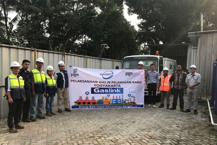 PGN siap menyalurkan gas untuk keperluan produksi bakpia kukus merek Tugu Jogja milik CV Tugu Jogja Istimewa di Yogyakarta.