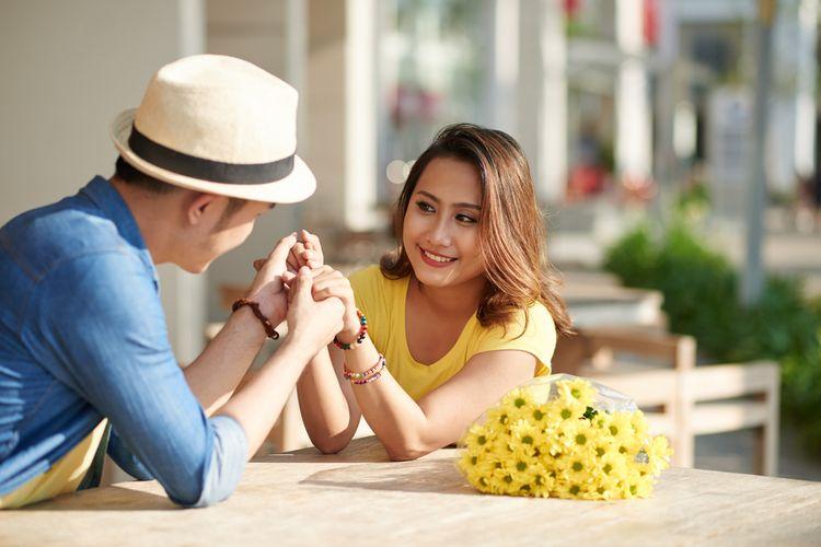 Ilustrasi pria pedekate dengan wanita