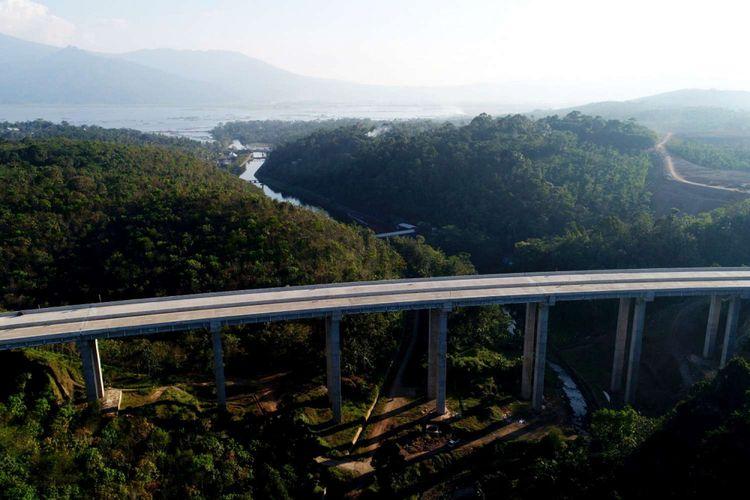 Jembatan Tungtang di Ruas Tol Bawen-Salatiga, Jawa Tengah, Jumat (16/6/2017).