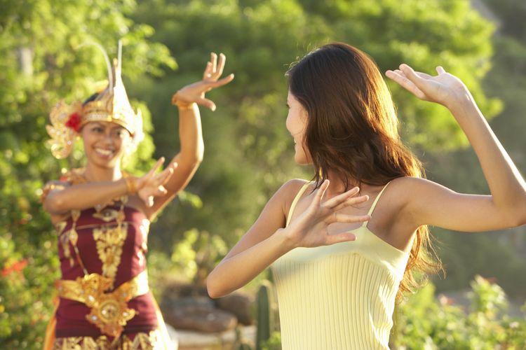 Ilustrasi belajar menari
