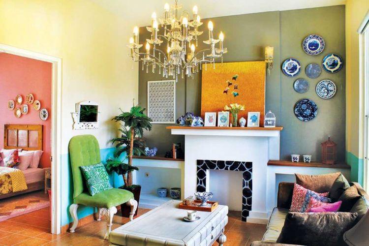 Dekorasi ruang keluarga Rumah Paris di Yogyakarta karya Vindo Design.