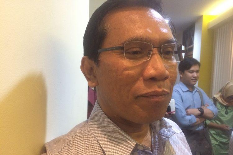 Pengamat politik Lembaga Ilmu Pengetahuan Indonesia (LIPI) Lili Romli saat ditemui di Universitas Indonesia, Jakarta Pusat, Kamis (12/7/2018).
