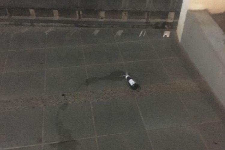 Benda yang diduga bom molotov di rumah pengacara Kapitra Ampera.