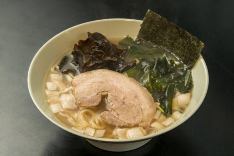 Yakiniku Ramen Futaba / Ramen (700 yen)