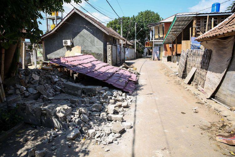 Permukiman warga di Pulau Gili Trawangan, Nusa Tenggara Barat (NTB), Kamis (9/8/2018) yang kini sunyi setelah gempa besar berturut-turut mengguncang kawasan ini, dengan gempa utama pada Minggu (5/8/2018) malam.