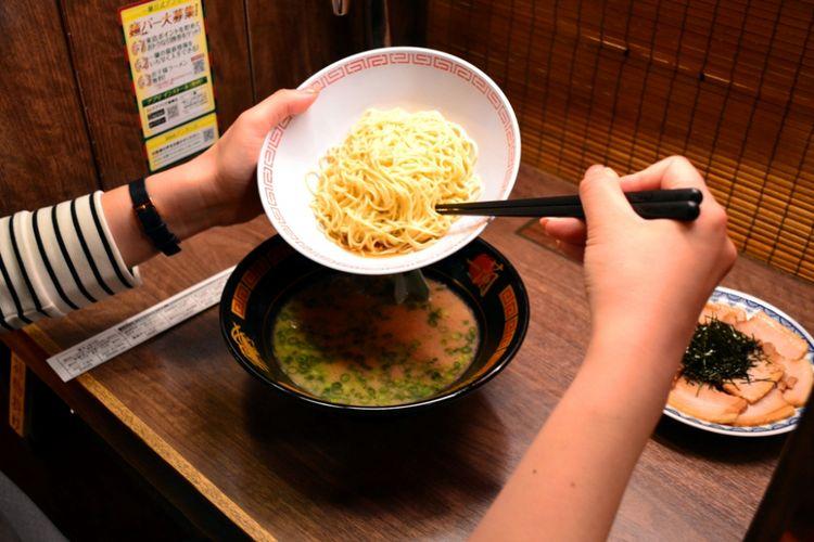 """Masukkan """"kaedama"""" ke mangkuk Anda."""
