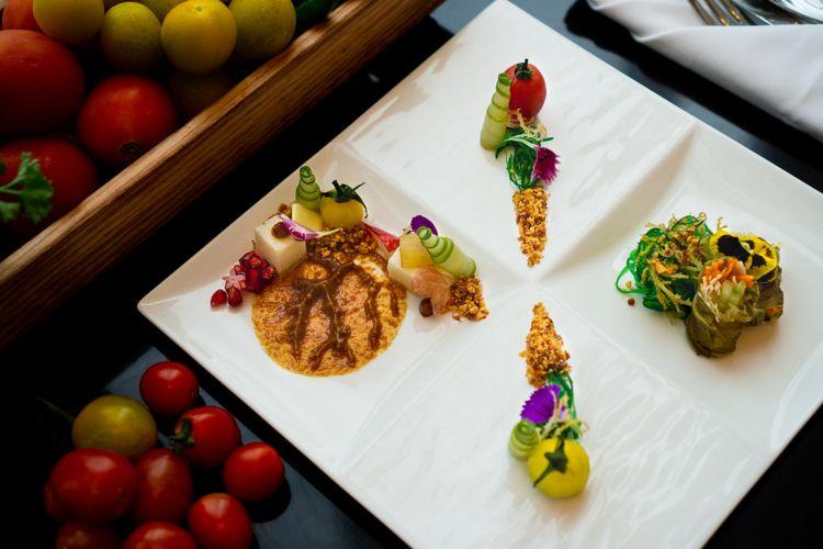 Rujak Bumbu Petis Asinan Rumput Laut oleh Chef Syaeful Rizal, Sheraton Grand Jakarta Gandaria City Hotel