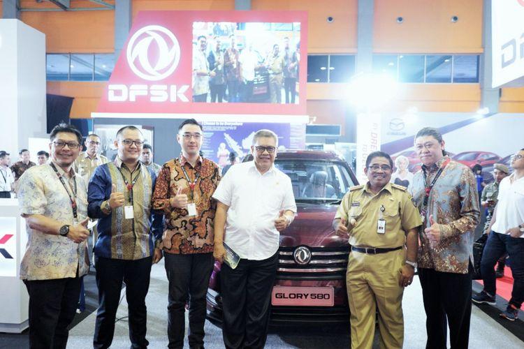 Penampilan Perdana DFSK Glory 580 di Makassar