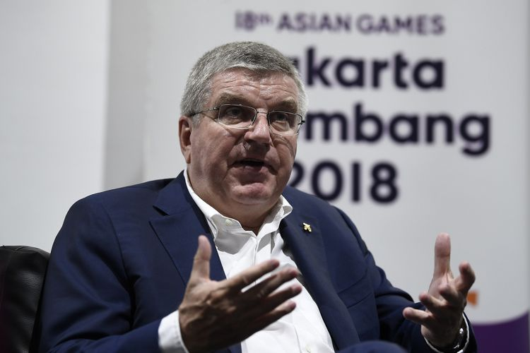 Presiden Komite Olimpiade Internasional IOC Thomas Bach memberikan keterangan pers di Media Press Center Asian Games 2018, Jakarta Convention Center, Jakarta, Minggu (2/9/2019). Bach mengapresiasi kesuksesan penyelenggaraan Asian Games 2018 di Jakarta- Palembang dan membahas sejumlah isu terkait penyelenggaraan Olimpiade.
