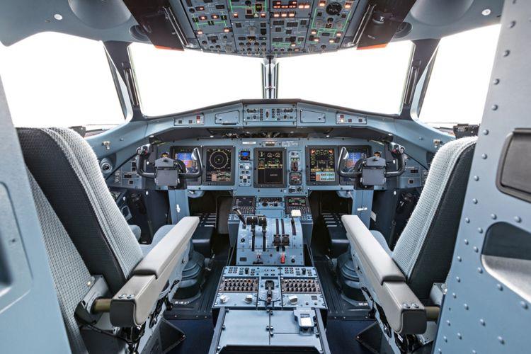 Kokpit pesawat ATR72-600.