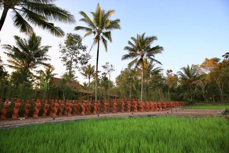 Ratusan patung Gandrung di Jiwa Jawa Resort