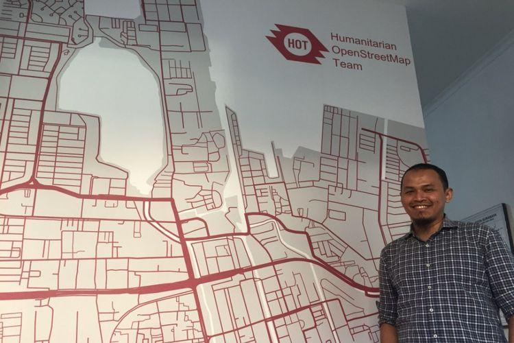 Country Manager Humanitarian OpenStreetMap (OSM) Team Indonesia Yantisa Akhadi.