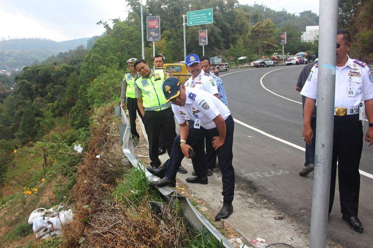 Dinas Perhubungan Jawa Timur melakukan sidak jalur maut Sarangan Magetan dimana sebulan terakhir di jalur tersebut telah terjadi 4 kecelakaan maut yang menewaskan 3 orang.