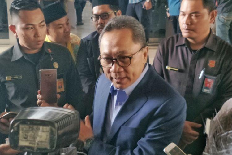 Ketua Umum Partai Amanat Nasional (PAN) Zulkifli Hasan di Kompleks Parlemen, Senayan, Jakarta, Kamis (25/10/2018).