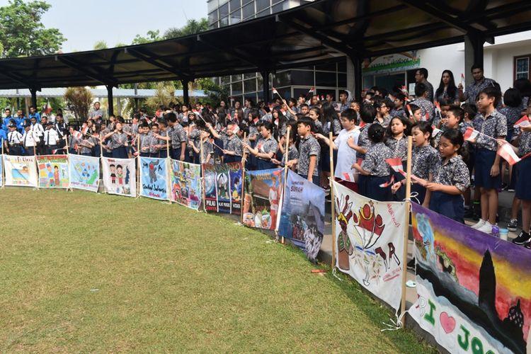 Peringatan Sumpah Pemuda (28/10/2018) yang juga dilaksanakan Sekolah Global Sevilla merupakan salah satu upaya dalam menumbuhkan kebanggan sebagai bangsa Indonesia.