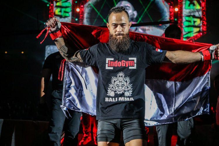 Atlet MMA One Championship keturunan Indonesia-Belanda, Anthony Angelen.