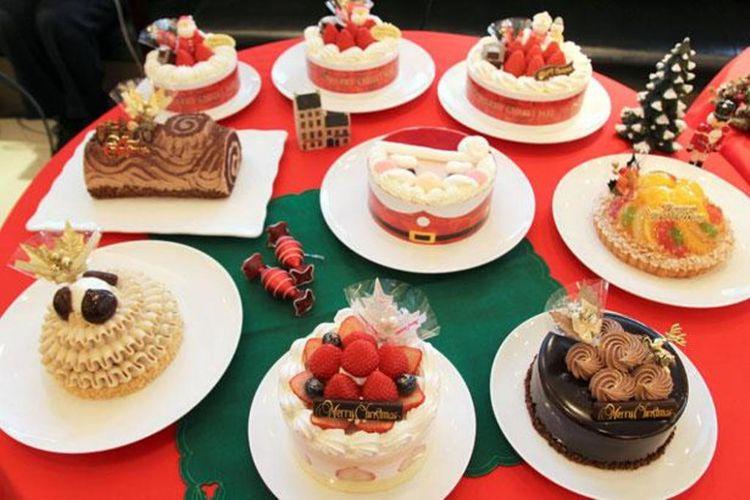 Aneka kue Natal dari Ginza Cozy Corner